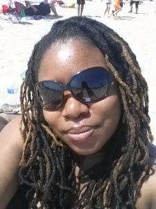 The Curvy Socialite at the beach in Santa Monica