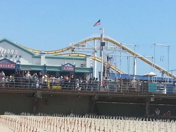 The Santa Monica Pier & Veterans Memorial